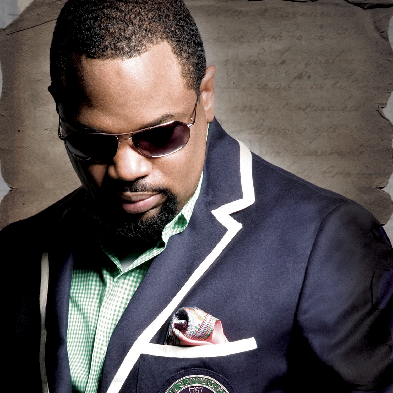 Hezekiah Walker Reigns atop the Gospel Charts